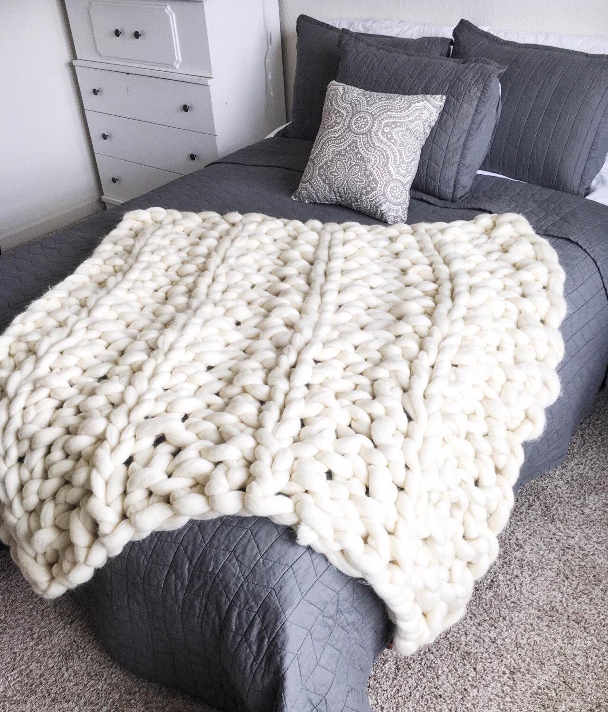 10 Arm Knitting Blanket Patterns
