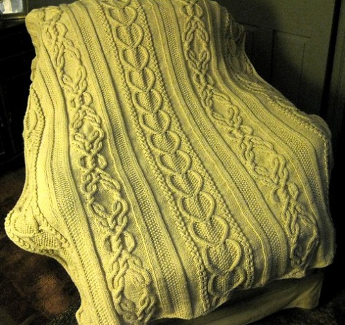 e1e6be1bb70d 30 Knitted Afghan Patterns - The Funky Stitch