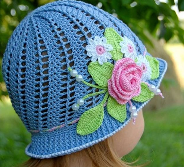7 Knit Cloche Hat Patterns - The Funky Stitch