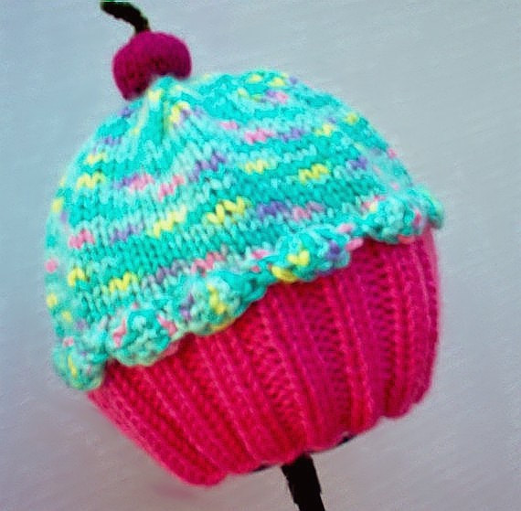 6 Knitted Cupcake Hat Patterns - The Funky Stitch