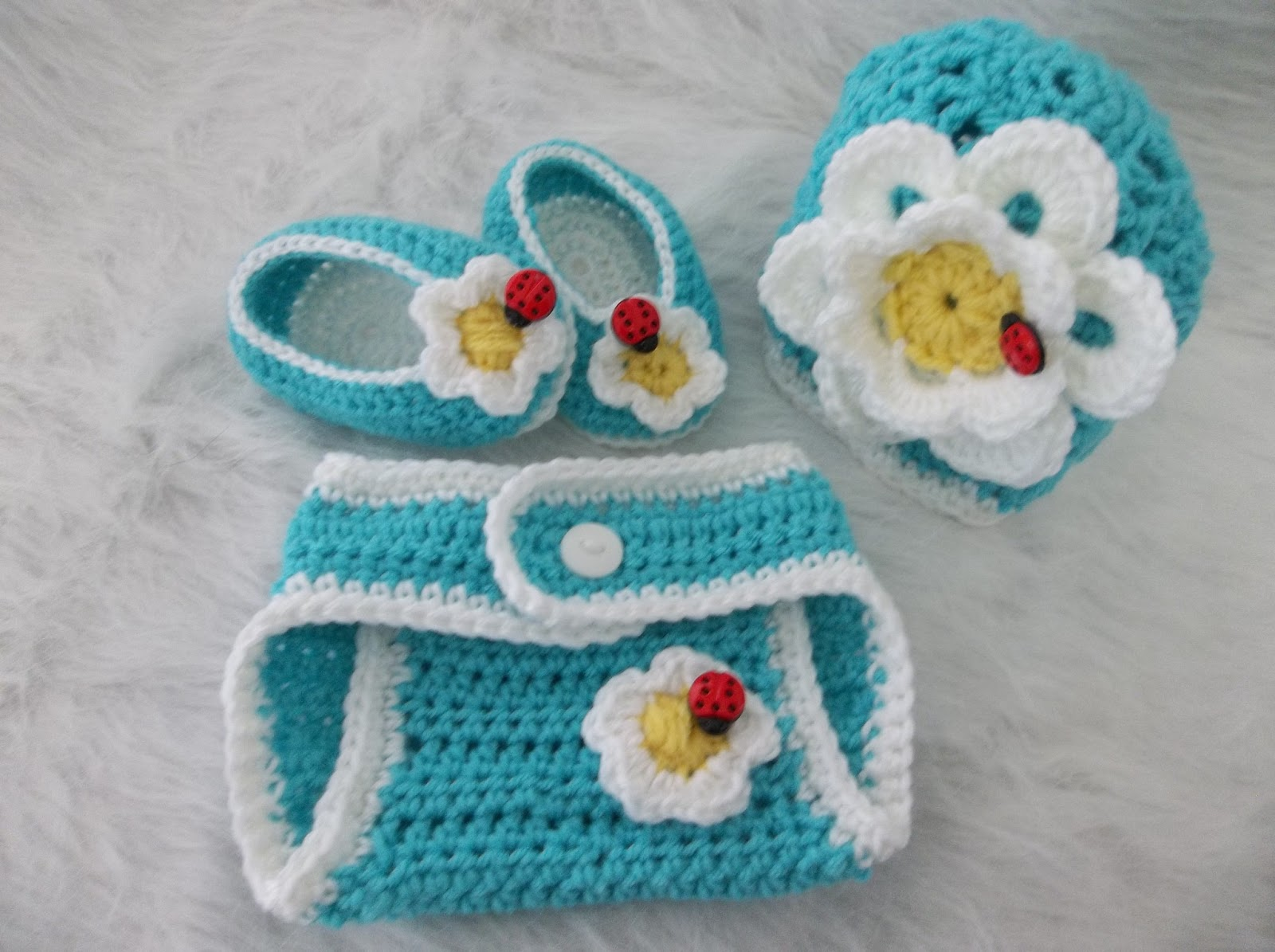 22 Crochet Diaper Cover Patterns - The Funky Stitch