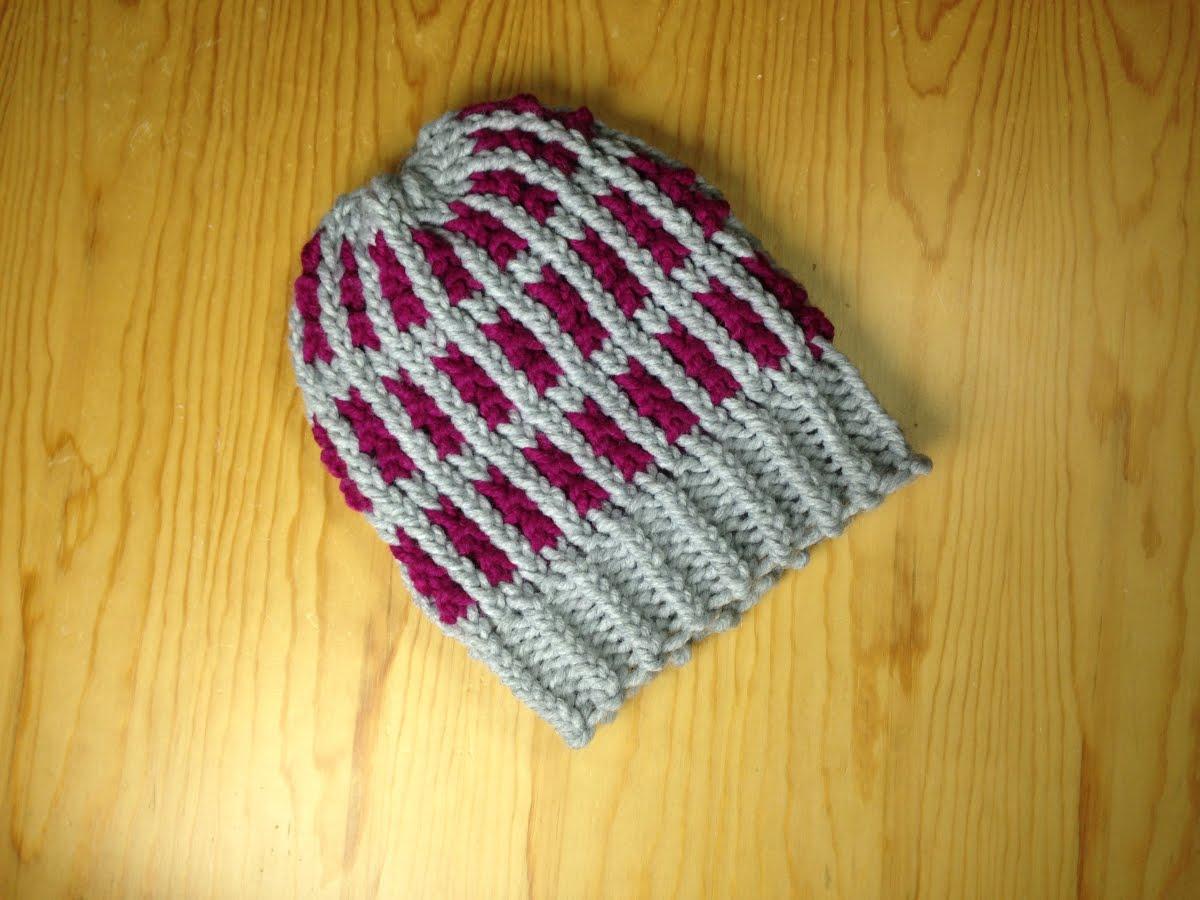 12 loom knitting hat patterns the funky stitch loom stripe hat rib pattern design dt1010fo