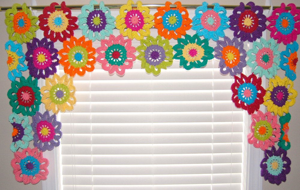 47 Crochet Valance Patterns - The Funky Stitch