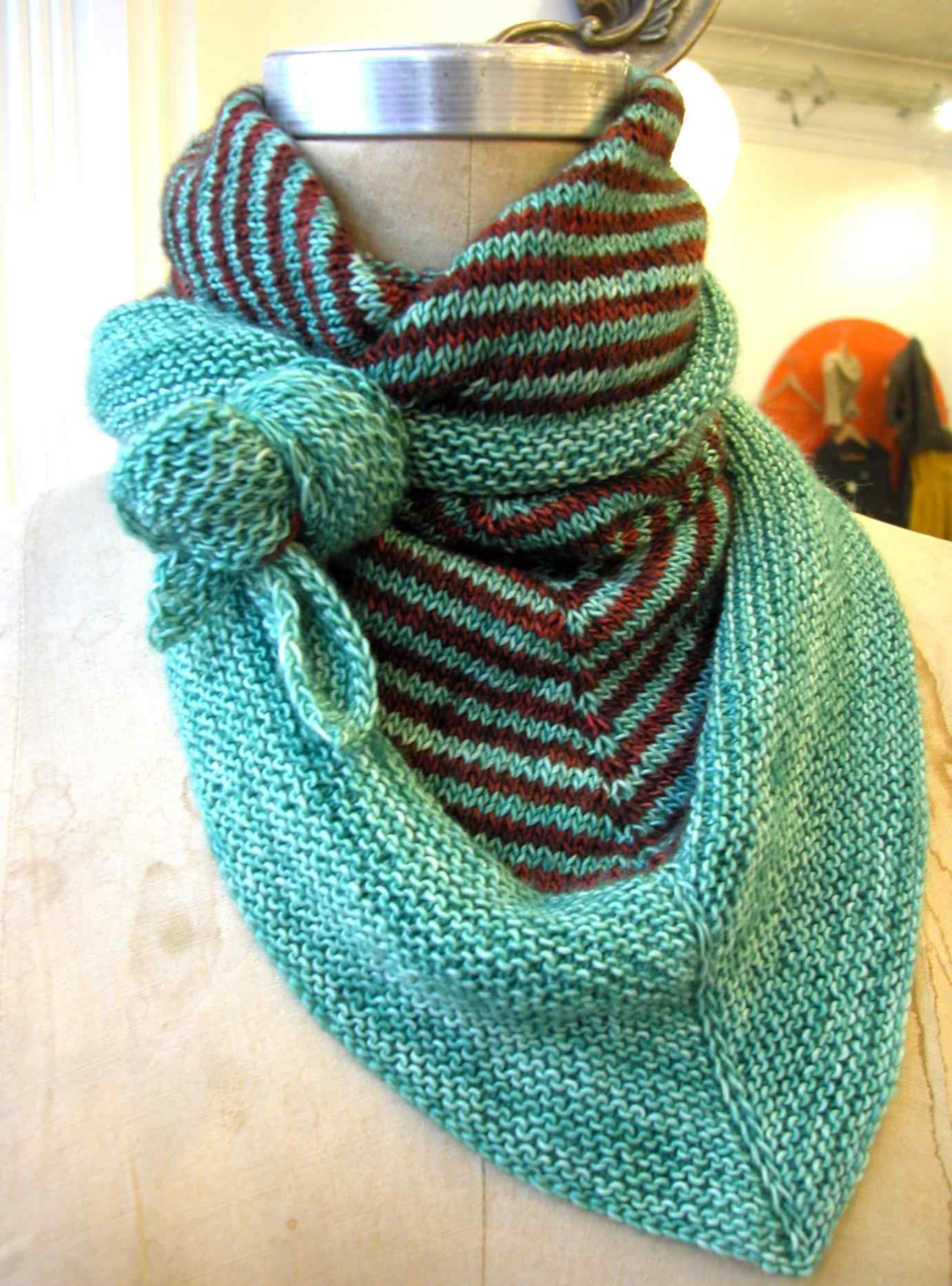 7 Triangle Scarf Knitting Patterns - The Funky Stitch