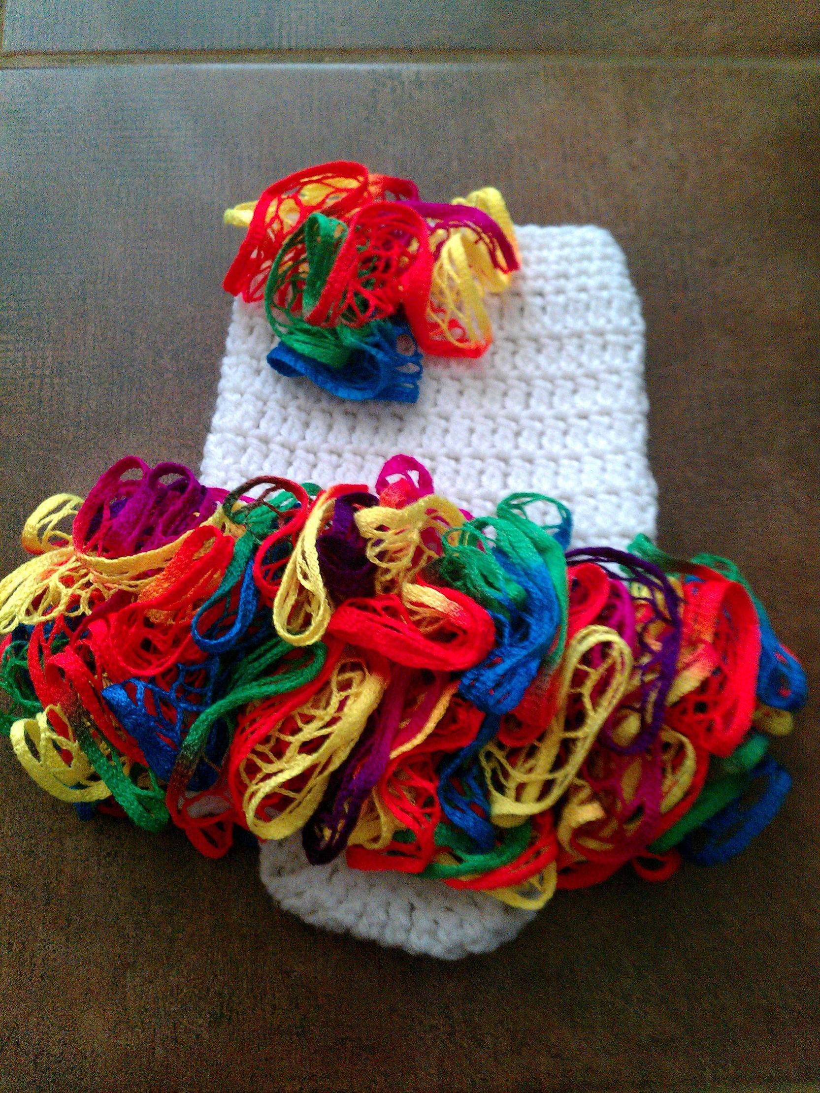 Knitting Yarn Scarf : Knit sashay scarf patterns the funky stitch
