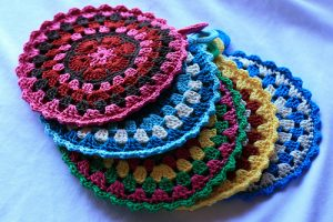121 crochet potholder patterns the funky stitch simple crochet potholder pattern dt1010fo