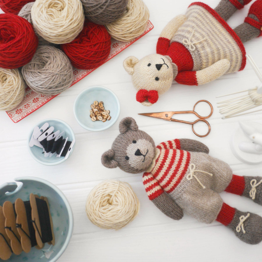 10 Teddy Bear Knitting Patterns - The Funky Stitch