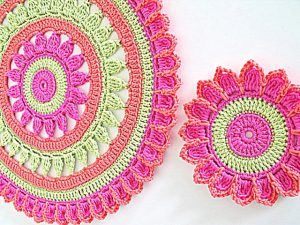 spring crochet placemat