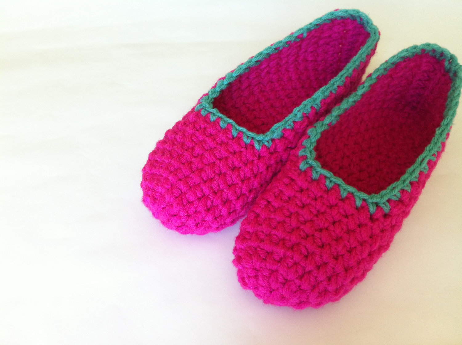f414ddccebed2 60 Crochet Slippers Patterns - The Funky Stitch